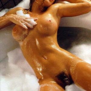 Изображение помечено: Blonde, Bath, Boobs, Celebrity - Star, Hairy, Jenny McCarthy, Tummy