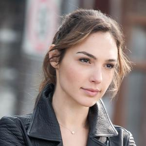 Изображение помечено: Brunette, Celebrity - Star, Face, Gal Gadot, Safe for work