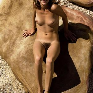 Изображение помечено: Hegre Art, Skinny, Brunette, Cute, Hairy, Smiling, Tummy