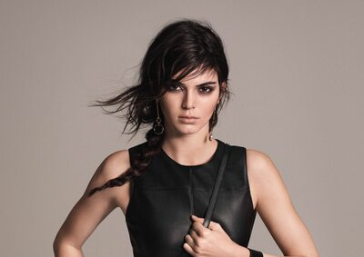Изображение помечено: Brunette, Celebrity - Star, Kendall Jenner, Safe for work