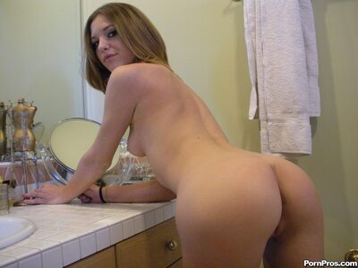 Изображение помечено: Skinny, Brunette, Kasey Chase, Ass - Butt, Small Tits