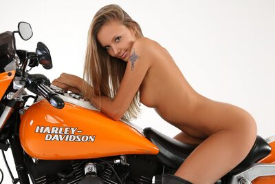 Изображение помечено: Skinny, Blonde, Harley, Katya Clover - Mango A, Watch4Beauty