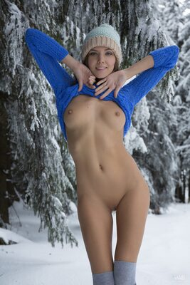 Изображение помечено: Watch4Beauty, Skinny, Blonde, Katya Clover - Mango A, Winterpee